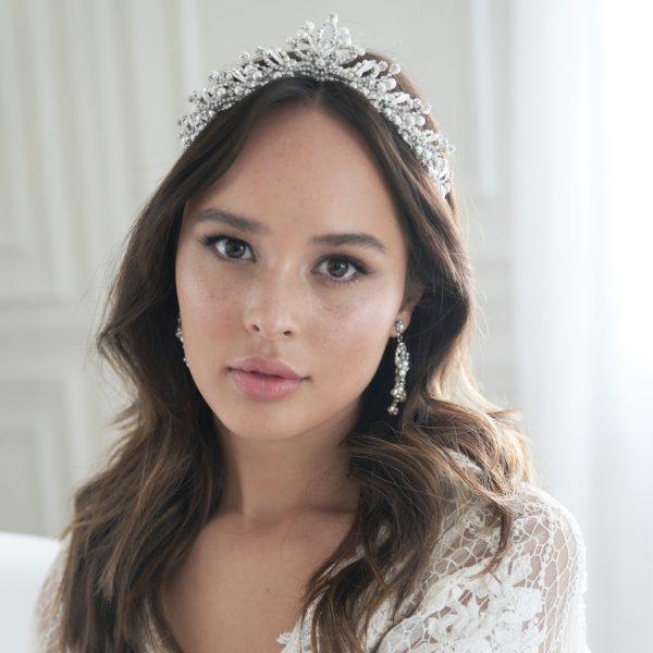 bridal pearl crown